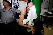 DESCRIZIONE : Forli DNB Final Four 2014-15 Gecom Mens Sana 1871 Eternedile Bologna<br /> GIOCATORE : Andrea Iannilli<br /> CATEGORIA : esultanza postgame<br /> SQUADRA : Eternedile Bologna<br /> EVENTO : Campionato Serie B 2014-15<br /> GARA : Gecom Mens Sana 1871 Eternedile Bologna<br /> DATA : 13/06/2015<br /> SPORT : Pallacanestro <br /> AUTORE : Agenzia Ciamillo-Castoria/M.Marchi<br /> Galleria : Serie B 2014-2015 <br /> Fotonotizia : Forli DNB Final Four 2014-15 Gecom Mens Sana 1871 Eternedile Bologna
