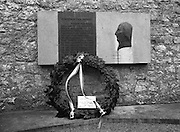 "Annual Wolfe Tone Commemoration.  (R65)..1987..11.10.1987..10.11.1987..11th October 1987..The annual Fianna Fáil Wolfe Tone commemoration was held at Bodenstown today, the keynote oration was given by An Taoiseach, Charles Haughey TD...Pictured is the wreath laid by Fianna Fail at the memorial to Wolfe Tone..""Ní siochan gan saoirse"" (There is no peace without freedom) the opening line on the memorial to Theobald Wolfe Tone."