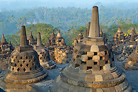Indonesie. Île de Java. Mandala de Borobodur, Stupa bouddhiste construit au 9e siécle. Patrimoine mondial de l'UNESCO. // Indonesia. Java island. Indonesia, Java, Borobudur Buddhist stupa. The Borobudur stupa dates to the ninth century A.D. UNESCO world heritage.
