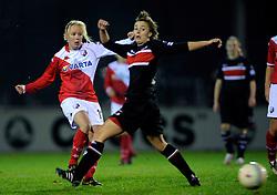 12-11-2009 VOETBAL: FC UTRECHT -AZ VROUWEN: UTRECHT<br /> Utrecht verliest met 1-0 van AZ / Rowena Blankenstijn<br /> ©2009-WWW.FOTOHOOGENDOORN.NL