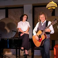 2020-07-17 Fotoshoot Theater Thús voor Friesland Post