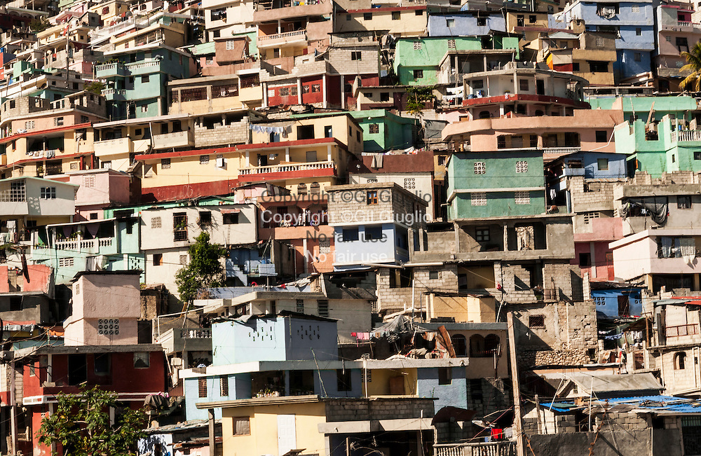 Haïti, Port-au-Prince, Cité Soleil // Haiti, Port au Prince, Cite Soleil houses