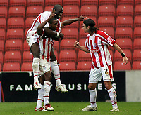 Photo: Paul Thomas.<br /> Stoke City v Norwich City. Coca Cola Championship. 28/10/2006.<br /> <br /> Ricardo Fuller (C) and Stoke celebrate his goal.