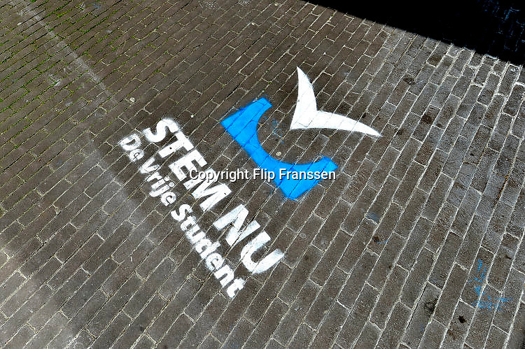 Nederland, Nijmegen, 31-5-2017Verkiezingen op de Radboud Universiteit voor de studentenraad. Dit is een inspraakorgaan dat advies mag geven aan het College van Bestuur over studentenaangelegenheden.Foto: Flip Franssen