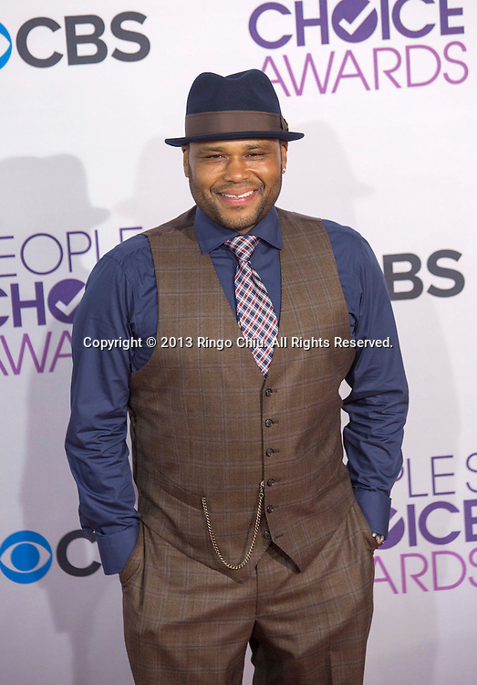 Anthony Anderson arrives at the 39th Annual People's Choice Awards at Nokia Theatre L.A. Live on Wednesday January 9, 2013 in Los Angeles, California, United States. (Photo by Ringo Chiu/PHOTOFORMULA.com)