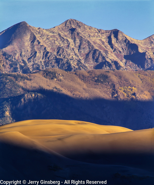 North America, USA, Unted States, West, Colorado, Shifting dunes in Great Sand Dunes National Park and Preserve, Colorado.