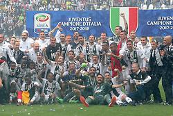 May 19, 2018 - Turin, Piedmont, Italy - Juventus FC players celebrate the winning of the Italian championship 2017-2018 at the Allianz stadium on May 19, 2018 in Turin, Italy. (Credit Image: © Massimiliano Ferraro/NurPhoto via ZUMA Press)