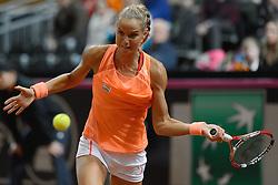 07-02-2015 NED: Fed Cup Nederland - Slowakije, Apeldoorn<br /> Arantxa Rus brengt de Nederlandse ploeg weer op gelijke hoogte. Ze verslaat Magdalena Rybarikova.