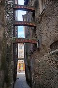 Straatbeelden Aups, Frankrijk - The streets of Aups, France