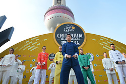 October 28, 2017 - Shanghai, China - Riders during Tai chi activity, at the 1st TDF Shanghai Criterium 2017 - Media Day..On Saturday, 28 October 2017, in Shanghai, China. (Credit Image: © Artur Widak/NurPhoto via ZUMA Press)