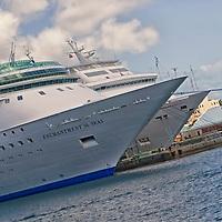 CRUISE SHIPS - TRAVEL STOCK PHOTOS OF THE BAHAMAS