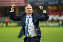 Cheftræner Glen Riddersholm (SønderjyskE) jubler efter finalen i Sydbank Pokalen mellem AaB og SønderjyskE den 1. juli 2020 i Blue Water Arena, Esbjerg (Foto Claus Birch).