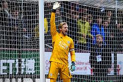 Kasper Schmeichel of Leicester City - Mandatory by-line: Robbie Stephenson/JMP - 19/01/2020 - FOOTBALL - Turf Moor - Burnley, England - Burnley v Leicester City - Premier League