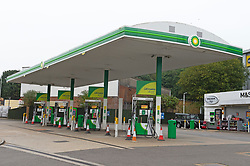 © Licensed to London News Pictures 25/09/2021.<br /> Sidcup, UK, No fuel at the BP petrol station on Edgington Way in Sidcup, London. This station is about a quarter of a mile from the Tesco petrol station which is packed with panic buyers. BP has started to ration petrol and diesel due to a shortage of truckers. Photo credit:Grant Falvey/LNP