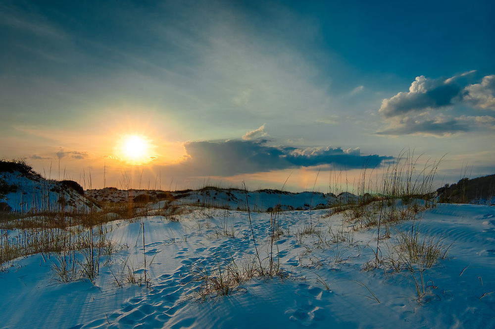 One thing you never think about when you think of Florida is sand dunes, yet on the Florida Panhandle there is a long thin finger of land that juts out into the Gulf of Mexico that is covered in high sweeping sand dunes!