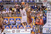DESCRIZIONE : Supercoppa 2015 Semifinale Olimpia EA7 Emporio Armani Milano - Umana Reyer Venezia<br /> GIOCATORE : Alessandro Gentile<br /> CATEGORIA : Tiro Controcampo Equilibrio<br /> SQUADRA : Olimpia EA7 Emporio Armani Milano<br /> EVENTO : Supercoppa 2015<br /> GARA : Olimpia EA7 Emporio Armani Milano - Umana Reyer Venezia<br /> DATA : 26/09/2015<br /> SPORT : Pallacanestro <br /> AUTORE : Agenzia Ciamillo-Castoria/L.Canu