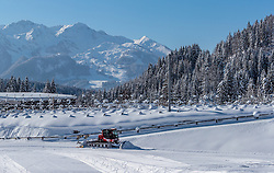 18.01.2017, Biathlonarena, Hochilzen, AUT, IBU Weltmeisterschaft Biathlon, Hochfilzen, Vorberichte, im Bild ein Pistengerät beim präparieren der Loipe // Preview for the Upcoming IBU Biathlon World Championships 2017at the Biathlonarena, Hochfilzen, Austria on 2017/01/02. EXPA Pictures © 2017, PhotoCredit: EXPA/ JFK