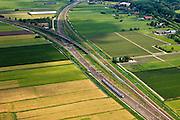 Nederland, Utrecht, Gemeente Woerden, 03-05-2011; Harmelen; spoorlijn van Woerden naar Breukelen (li) en naar Utrecht (re). kruising spoorlijnen, nu met fly-over ten tijde van de treinramp in 1962 gelijkvloers. ..luchtfoto (toeslag), aerial photo (additional fee required).copyright foto/photo Siebe Swart