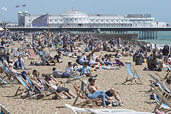 June 10, 2017 - Brighton, East Sussex, United Kingdom - Brighton, UK. Members of the public enjoy the sunny weather by spending the Saturday afternoon on the beach in Brighton and Hove. (Credit Image: © Hugo Michiels/London News Pictures via ZUMA Wire)