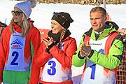 Linda Fäh, Nina Havel und Renzo Blumenthal. «Renzo's Schneeplausch» vom 23. Januar 2016 in Vella, Gemeinde Lumnezia.