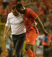 Fotball<br /> 07.06.2014<br /> Belgia v Tunisia<br /> Foto: PhotoNews/Digitalsport<br /> NORWAY ONLY<br /> <br /> Romelu Lukaku of Belgium and Marc Wilmots, headcoach of Belgium  during a FIFA international friendly match between Belgium and Tunisia as part of the preparation of the Belgian national soccer team prior to the FIFA World Cup 2014 at the King Baudouin Stadium in Brussels, Belgium.