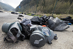 """07.05.2016, Grenzübergang, Brenner, ITA, Demonstration gegen Grenzsicherungsmaßnahmen am Brenner. Linksaktivisten rufen unter dem Motto """"Tag des Kampfes"""" zur Demonstration am Brenner auf, im Bild Schutzmasken nach zusammenstoss mit den Einsatzkräften // Left activists call under the slogan """"Day of the Fight"""" to Demonstration at the border """"Brenner"""". The demonstration is directed against the planned border security measures at the border from Italy to Austria, The Brenner Pass is one of the most important border crossings in Europe. Brenner, Italy on 2016/05/07. EXPA Pictures © 2016, PhotoCredit: EXPA/ Johann Groder"""