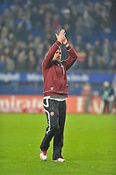 30.10.2011,  Imtech Arena, Hamburg, GER, 1. FBL, Hamburger SV (GER) vs 1.FC Kaiserslautern, im Bild Trainer Marco Kurz(Kaiserslautern) verabschiedet sich nach dem Unentschieden enttaeuscht von den Fans// during the match at ImtechArena 2011/10/30. EXPA Pictures © 2011, PhotoCredit: EXPA/ nph/ Anja Witke +++++ ATTENTION - OUT OF GERMANY/(GER), CROATIA/(CRO) +++++