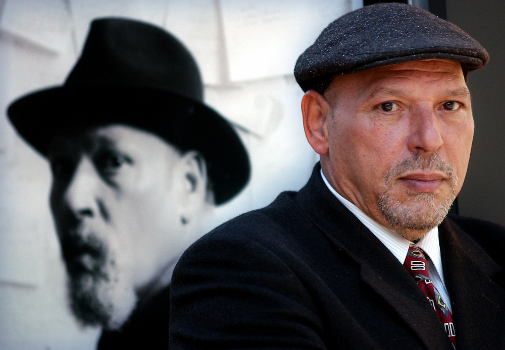 Arts 4/18/05 August Wilson 2<br /> ML0184B<br /> Pulitzer prizewinning playwright August Wilson outside the Yale Repetory Theater. Photo by Mara Lavitt