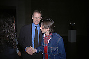 NICHOLAS SEROTA AND JEREMY DELLER. Private view for the Turner prize  2005.  Tate. Britain. 17 October 2005. ONE TIME USE ONLY - DO NOT ARCHIVE © Copyright Photograph by Dafydd Jones 66 Stockwell Park Rd. London SW9 0DA Tel 020 7733 0108 www.dafjones.com