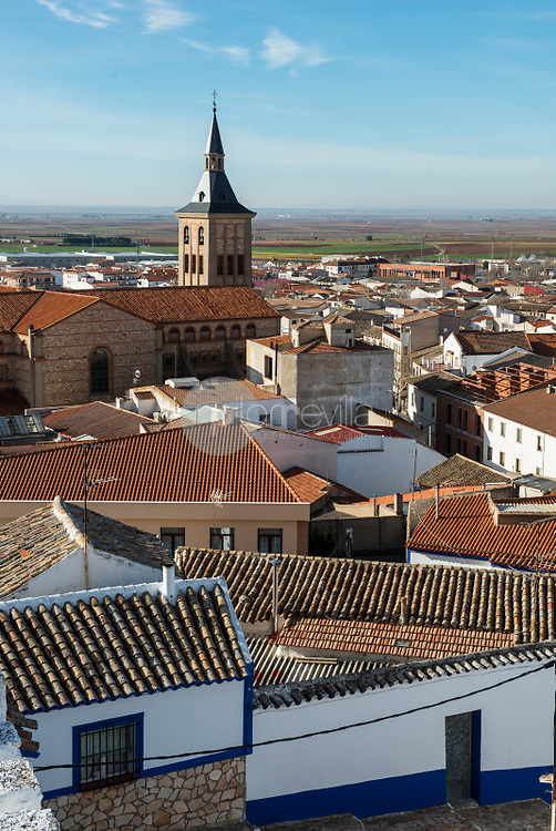 Campo de Criptana y molinos de viento. Ruta de Don Qujiote. Ciudad Real. ©ANTONIO REAL HURTADO / PILAR REVILLA