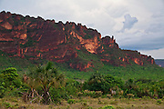 Chapada dos Guimaraes_MT, Brasil...Imagens do Parque Nacional da Chapada dos Guimaraes no Estado do Mato Grosso. Na foto  Vale do Rio Claro...The Chapada dos Guimaraes National Park  is a national park in the Brazilian state of Mato Grosso. In this photo Vale do Rio Claro...Foto: JOAO MARCOS ROSA  /NITRO..