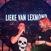 NLD/Almere/20130830 - Opening Club Cell in Almere, Lieke van Lexmond en Ramon Vos doen de opening