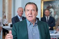 25 JUN 2019, BERLIN/GERMANY:<br /> Gerhard Schroeder, SPD, Bundeskanzler a.D., haelt eine Rede, Empfang des Seeheimer Kreises anl. des 70. Geburtstages von Ulla Schmidt, mit Gerhard Schroder, Bundeskanzler a.D., Deutsche Parlamentarische Gesellschaft<br /> IMAGE: 20190625-01-084<br /> KEYWORDS: Gerhard Schröder