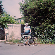 Water can be found at some fountains along the trak. On May 27, 2018 the second edition od the Eroica went of, the Eroica is a bicycle race where only bikes berore 1985 can partecipate. Cyclists must wear vintage cloths and the road are often on gravel. It's a non competitive race, but fatigue and sweat are real. Federico Scoppa