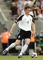 Fotball<br /> Confederations Cup 2005<br /> 18.06.2005<br /> Tyskland v Tunis<br /> Foto: Dppi/Digitalsport<br /> NORWAY ONLY<br /> <br /> ROBERT HUTH (GER)