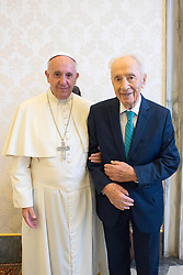 Pope Francis met with former Israeli president Shimon Peres at the Vatican on June 20, 2016. Photo by ABACAPRESS.COM