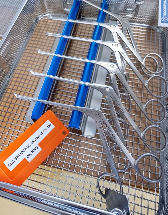 Nederland. Amsterdam, 07-03-2019. Foto: Patrick Post. Inboedel van het MC Slotervaart. De apparatuur en het meubilair van het ziekenhuis wordt via het veilinghuis verkocht.