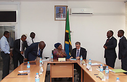 August 10, 2017 - Dar Es Salaam, Dar es Salaam, Tanzania - American business magnate and philanthropist  Bill Gates meets with officials at the Ministry of Health. Gates announced a 5 million investment that will digitize Tanzania's health information systems to improve health data in the country. He congratulated the government of Tanzania on their leadership and drive to incorporate digital health and data into their policy framework. (Credit Image: © Ric Francis via ZUMA Wire)