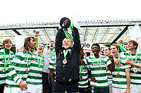 Celtic's Neil Lennon celebrates with the league trophy at Parkhead.<br /> Picture date: Sunday 13th May, 2012. Photo credit should read: Lynne Cameron/PA Wire. #### ROTA PICTURES #####