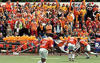 AMSTELVEEN - Supporters bij A;dam-Bloemendaal. COPYRIGHT KOEN SUYK
