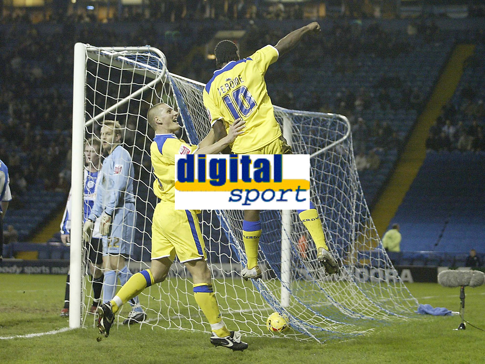 Photo: Aidan Ellis.<br /> Sheffield Wednesday v Cardiff City. Coca Cola Championship. 09/11/2005.<br /> Cardiff's Cameron Jerome salutes his first goal with team mate Darren Purse