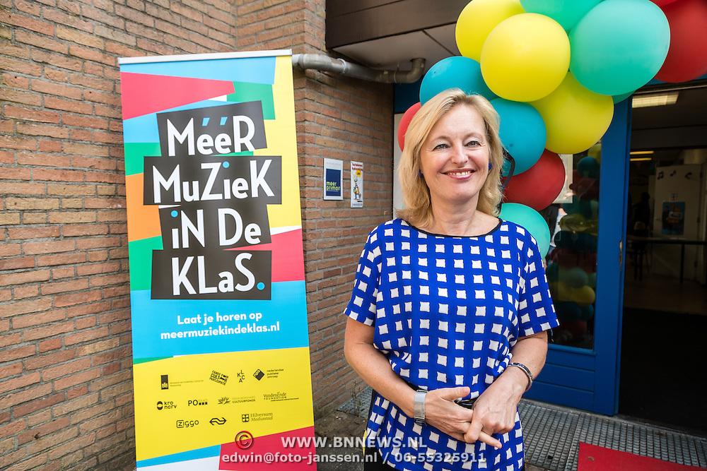 NLD/hoofddorp/20160923 - Kick-off' BZT Show + Méér Muziek in de Klas, Jet Bussemaker