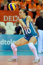 18-09-2011 VOLLEYBAL: DELA TROPHY NEDERLAND - TURKIJE: ALMERE<br /> Nederland wint met 3-0 van Turkije en wint hierdoor de DELA Trophy / Libero Janneke van Tienen<br /> ©2011-FotoHoogendoorn.nl