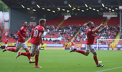 Charlton Athletic's Ricky Holmes (right) celebrates after scoring their second goal
