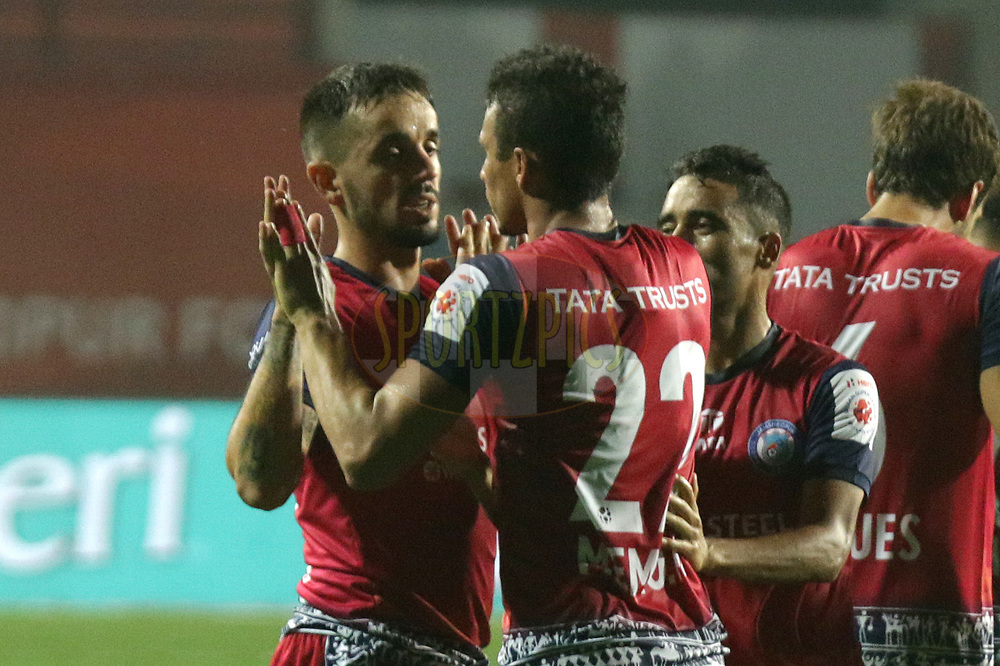 Jamshedpur FC  players celebrating the goal during match 25 of the Hero Indian Super League 2018 ( ISL ) between Jamshedpur FC and FC Goa held at JRD Tata Sports Complex, Jamshedpur, India on the 1st November  2018<br /> <br /> Photo by Saikat Das /SPORTZPICS for ISL