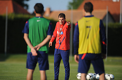 18.05.2012, Brezice, SLO, UEFA EURO 2012, Trainingscamp, Kroatien, 2. Trainingstag, im Bild Slaven Bilic // during 2nd practice day of Croatian National Footballteam for preparation UEFA EURO 2012 at Brezice, Slovenia on 2012/05/18. EXPA Pictures © 2012, PhotoCredit: EXPA/ Pixsell/ Daniel Kasap....***** ATTENTION - OUT OF CRO, SRB, MAZ, BIH and POL *****