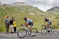CYCLING - TOUR DE FRANCE 2011 - STAGE 19 - Modane Valfréjus > Alpe d'Huez (109,5km) - 22/07/2011 - PHOTO : VINCENT CURUTCHET / DPPI - ALBERTO CONTADOR (ESP) / SAXO BANK AND ANDY SCHLECK (LUX) / LEOPARD TREK