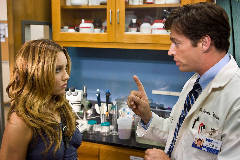Amanda Bynes as Jamie and Harry Connick, Jr. as Dr. Dennis Slamon in Lifetime Television's 'Living Proof' - the inspiring true story of Dr. Dennis Slamon, a doctor who devoted his life to finding a treatment for breast cancer.