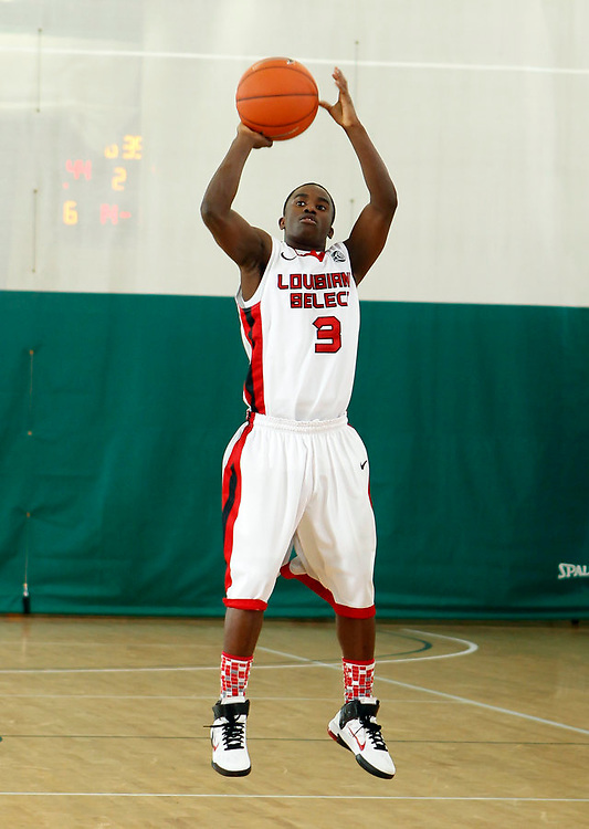 April 10, 2011 - Hampton, VA. USA;  Xaivus Larry participates in the 2011 Elite Youth Basketball League at the Boo Williams Sports Complex. Photo/Andrew Shurtleff