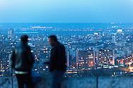 Die Bulgaren sind im Moment eine der größten Zuwanderergruppen in Deutschland. Yazar und Kemal im ihre heimatstadt Russe träumen von ein besseres leben im Deutschland.<br /> <br /> Russe Bulgarien